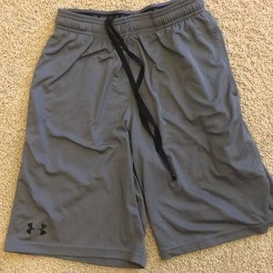 Under Armour Shorts - Under Armour athletic shorts and shirt